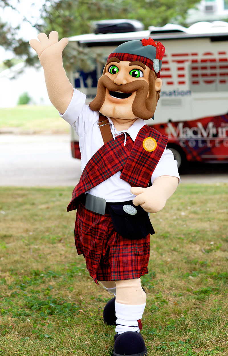 A photo of the newest incarnation of the Highlander mascot in costume form.
